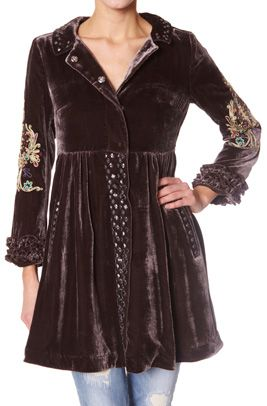 #108 once in a lifetime coat dark brown. This coat will make everyone around you admire your fantastic style!