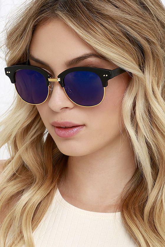 Sightseer Black and Blue Mirrored Sunglasses at Lulus.com!