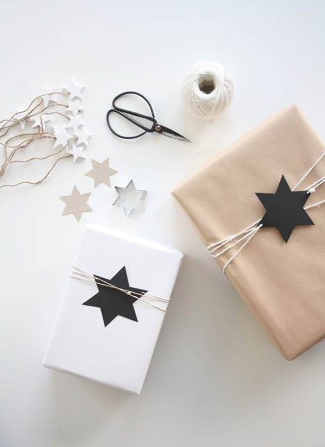 Modern Holiday // My White Obsession: XMAS WRAPPING