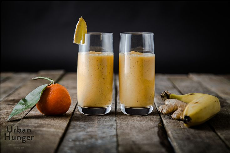 Banana Tangerine Ginger Smoothie. Short recipe, great taste! Just put a mandarine and a banana per person into your food blender, blend it, and then add raw ginger. Blend again and there you go.