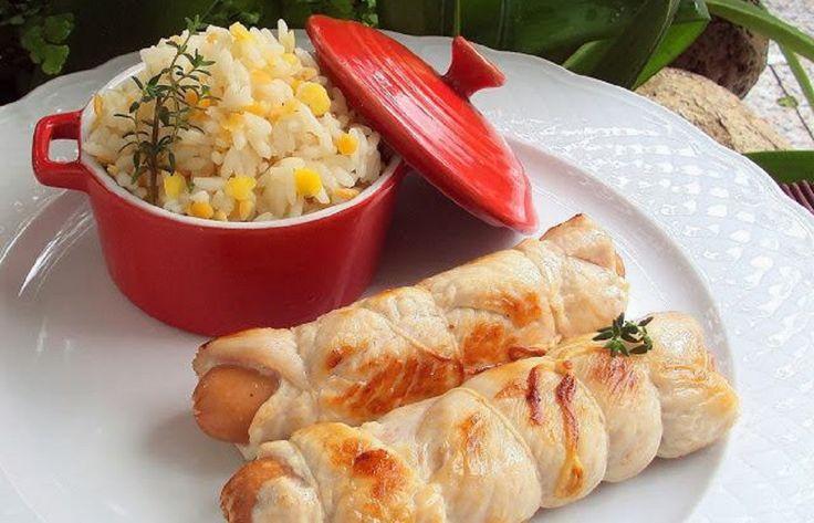 Rolinhos de Peru com Salsichas e Arroz - http://www.receitasbrasileiraseportuguesas.com/rolinhos-de-peru-com-salsichas-e-arroz/