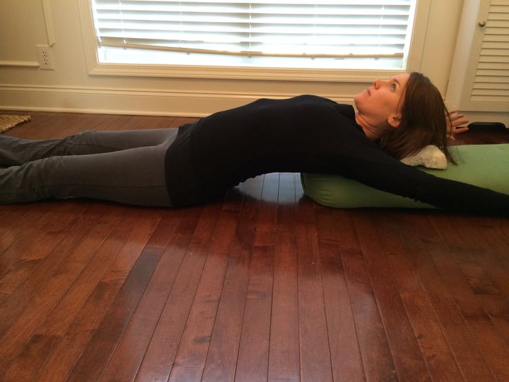 Exercises for relieving shoulder and upper back tension that accumulates during the day. We do so many things with our arms: computer work,...