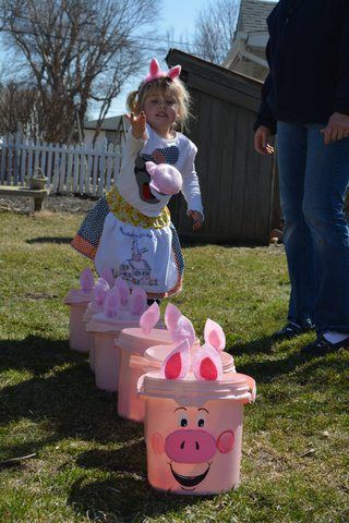 three little pig party
