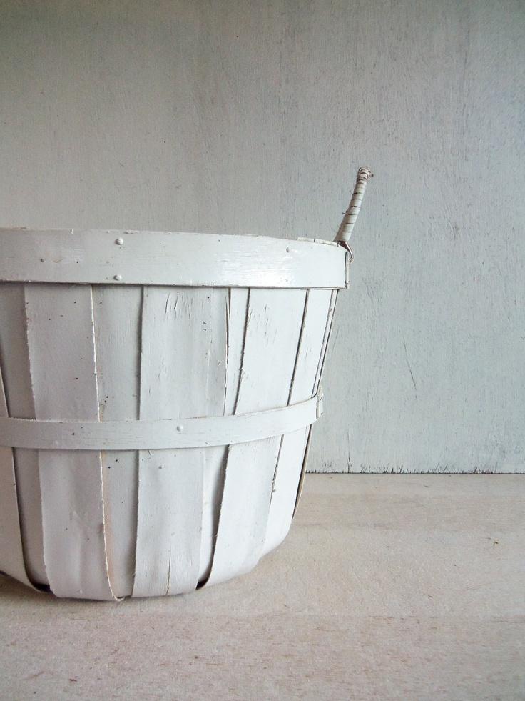 Vintage White Apple Basket #patternpod #beautifulcolor #inspiredbycolor