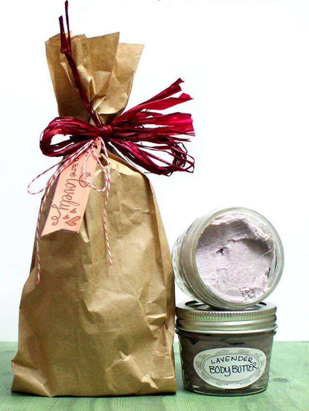 This homemade lavender body butter recipe is a must try! Not only is it easy to craft but it also makes a wonderful homemade gift idea. The recipe includes a bit of natural neem oil is added for it's anti-viral, anti-bacterial and anti-fungal properties. Neem oil has also been shown to offer relief from common skin conditions like eczema and psoriasis. Click through for the homemade lavender body butter recipe at Soap Deli News blog.