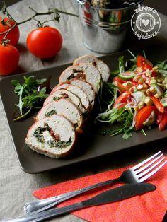 czyli o tym, że zdrowe jedzenie nie musi być nudne :): Pierś z indyka faszerowana szpinakiem, fetą i susz...