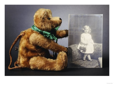Goldilocks: Antique Teddy Bear purse with photo of original owner.