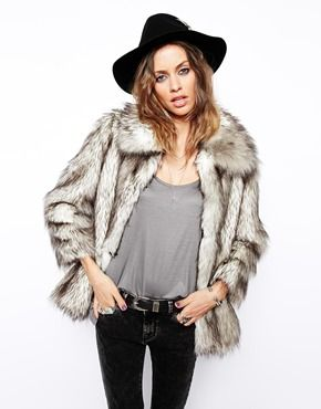 "ASOS Vintage Faux Fur Coat <img width=""48"" height=""48"" style=""vertical-align: middle;"" src=""http://www.allsmileys.com/files/windows8/1F60D.png"">"