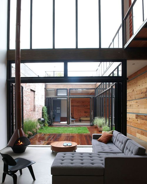 I want a courtyard