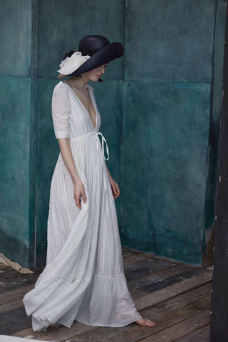 Overblown Roses by Prudence Millinery for Lock & Co Couture SS2017
