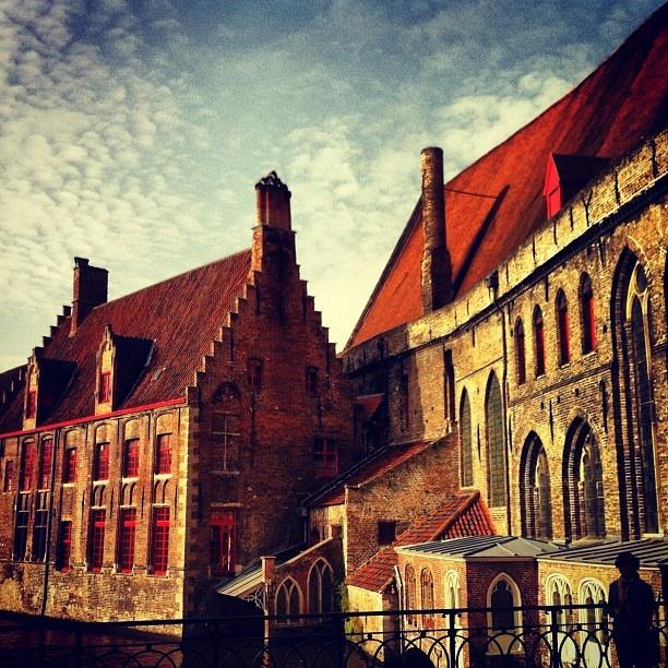 Sint Janshospitaal #sunrise #beautiful #brugge #love #cute - @marcel_tettero- #webstagram