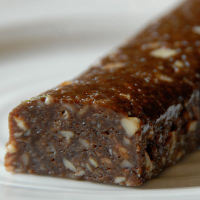 The Best Paleo Snack Bar « Jenn-Fit Blog – Healthy Exercise | Healthy Food | Healthy Living. super easy to make i used pumpkin with almond ! need to triple though only makes 3 bars for the recipe