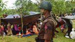 Rohingya saudara yang terlupa  (Arrahmah.com)  Rohingya sebuah nama yang ramai diperbincangkan saat ini karena sederet berita foto dan video yang menyesakkan dada. Beribu nyawa yang melayang hanya dalam hitungan hari.  Antara 2 hingga 3 ribu muslim tewas dalam tiga hari terakhir akibat serangkaian militer Mynmar ke Arakan ujar juru bicara Dewan Rohingya Eropa Anita Stchot seperti dilansir Anadolu Agency Senin (28/08). Tragedi memilukan inipun bukanlah yang pertama kalibahkan telah…