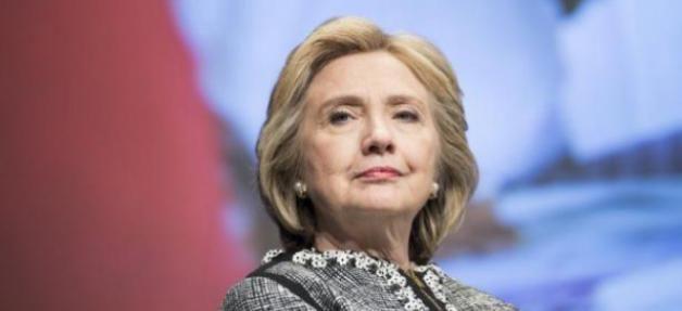 Le 8 novembre 2016 les élections américaines vont se terminer avec le choix d'un nouveau président ou d'une nouvelle présidente. Comme tous les candidats précédents, Hillary Clinton et Donald Trump montrent au peuple un visage pacifique et ils promettent...