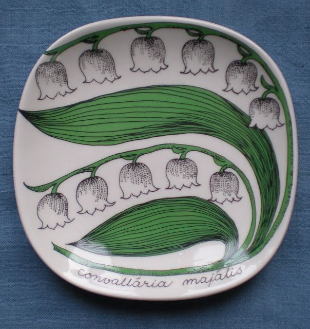 """Lily of the Valley"". Design by Esteri Tomula. Arabia Mini Plate Series.  Nordic Thoughts: Kielo (Lily of the Valley) - the national flower of Finland"