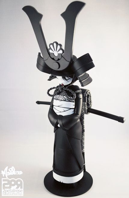 "2PetalRose's Female Samurai ""Maiko"" Returns… as the ""Midnight Assassin!"""