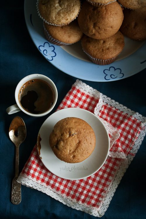 muffins by Yulia Pletinka, via 500px
