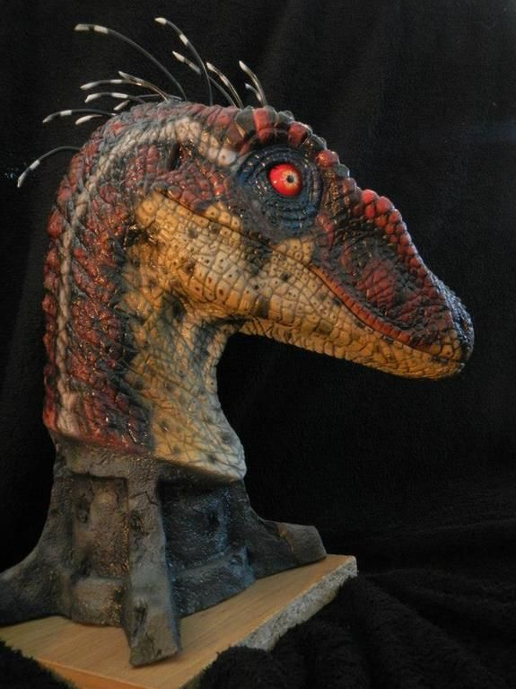 Jurassic Park 3 Raptor Sculpt by Kenny De Paepe