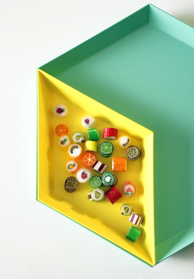 Kaleido trays by Hay. From the blog Pinjacolada.