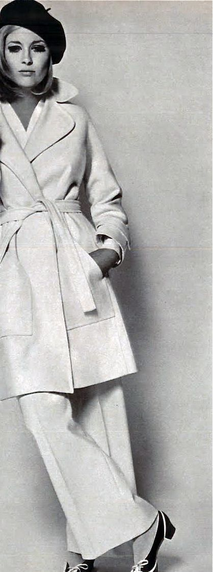 Fashion Muse: Faye Dunaway - Vogue 1968 more amazing apparel…