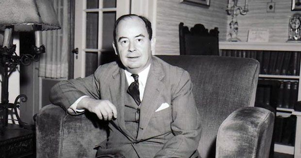 John Von Neumann.  Expert on just about everything.  Laid the foundations for quantum statistics