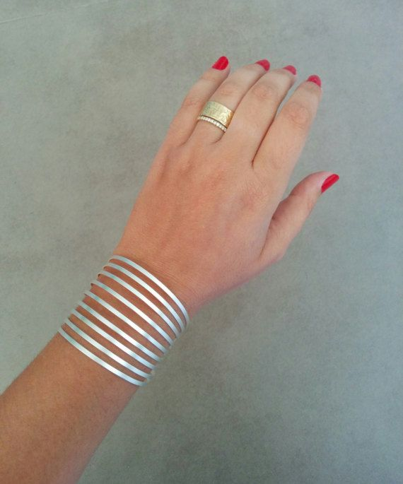 Silver Bracelet, Sterling Silver, Silver Cuff, Wide Braclete, Wedding Jewellery, Bridesmaid Gift, Wide Cuff Bracelet, Bangle Bracelet  Wide Silver Cuff Bracelet,  Silver stripes Cuff Bracelet, geometric design. Made of silver plated brass base., matte finished  Dimensions: Diameter : 2.3 inch 6 cm Width: 1.77 inch 4.5 cm Bracelet Total length 7.25inch / 18.5cm Fits wrist measurement 6.3inch/16cm to 7.1inch/18cm