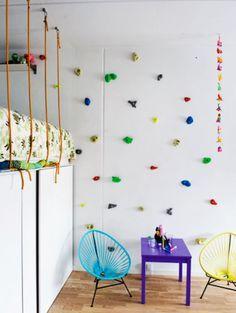 Fabulous modernes kinderzimmer einrichten mit kletterwand als Spielwand und als Wandgestaltung kinderzimmer