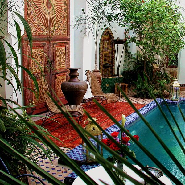 Moroccan interior design <--- looks just like the Riad that I stayed in when I was in Morocco! I wanna go back!