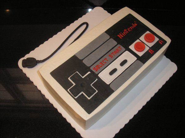 Grooms Custom Unique Fondant Cake Designs Ideas And Pictures World Wide Wedding Nintendo
