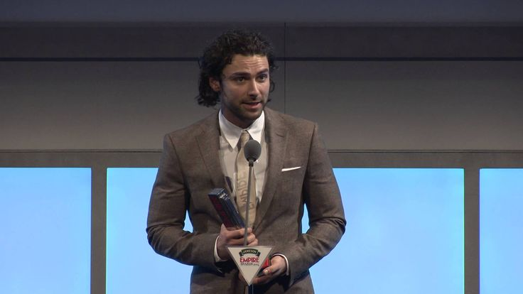 Jameson Empire Awards 2014: Best Male Newcomer - Aidan Turner - Very well deserved, not only for his nomination and win but also for the recognition of his incredible performance as Kili. This makes me insanely happy!! <3