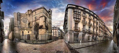 San Sebastian - Donostia. Iglesia de San Vicente en el Casco viejo de la ciudad