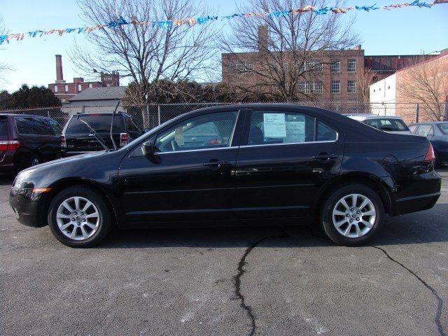 Black 2007 Mercury Milan 4dr Sdn V6 FWD Holyoke Massachusetts