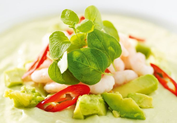 Recept: Avokadosoppa med färska räkor och chili | Aktiv Träning