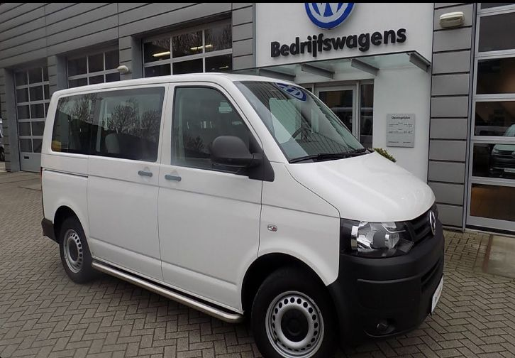 The 2018 Volkswagen Transporteroffers outstanding style and technology both inside and out. See interior & exterior photos. 2018 Volkswagen TransporterNew features complemented by a lower starting price and streamlined packages.The mid-size 2018 Volkswagen Transporteroffers a complete lineup with a wide variety of finishes and features, two conventional engines.