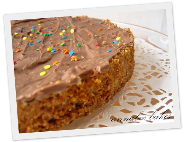 Scandinavian adventures - in the kitchen - Daim inspired cake: Anna Bee, Daim Inspired, Scandinavian Adventures, Kitchen
