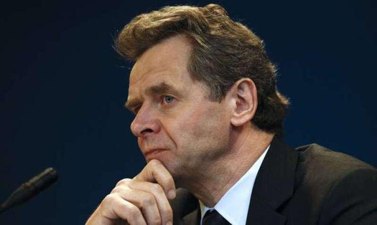 Αποκάλυψη! Ο Τόμσεν άλλαξε τα κείμενα της συμφωνίας για το χρέος - Οι καταγγελίες αξιωματούχων των Βρυξελλών