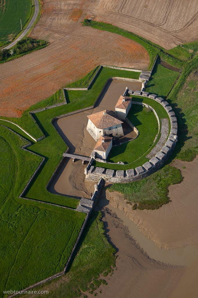 ✈️ Photo aérienne de : Saint-Nazaire-sur-Charente - Charente-Maritime (17)