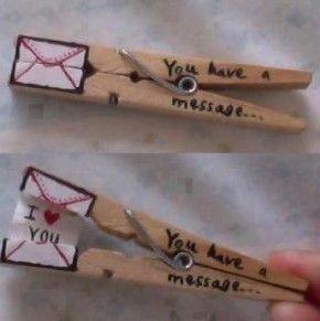 boodschap in houten wasknijper
