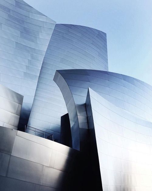 scandinaviancollectors:  FRANK GEHRY, Walt Disney Concert Hall, Los Angeles (1999-2003).