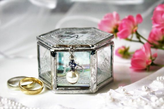 Beach engagement ring box, Unique wedding ring box, Iridescent glass keepsake jewelry box, Transparent turquoise touch wedding decoration