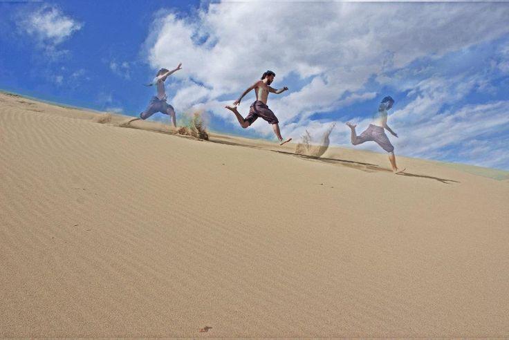 Jumping on the dunes (Palmas de Gran Canarias)