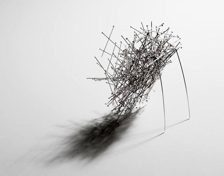 Laura Guillot Brooch: Neither birds nor gods, 2016 Steel needles (EASD Valencia)