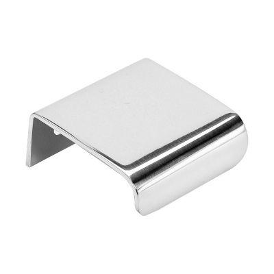 Lip håndtak fra Beslag Design. En elegant løsning for dine møblers dører og luker. For å montere den...