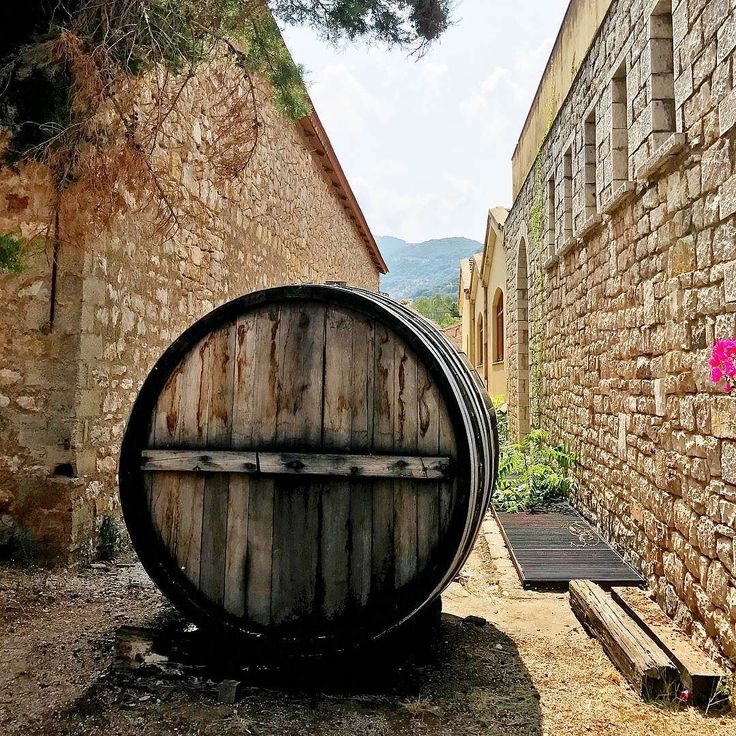 who knew a wine barrel could lookso beautiful sweetusk