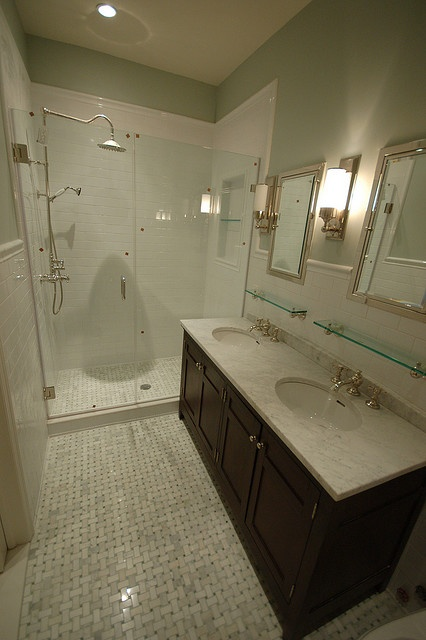 ... Small spa bathroom, Kitchen organization tips and Plastic storage tubs