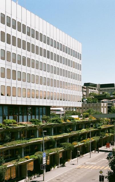 J prouve administration building lausanne lausanne for Architecte lausanne