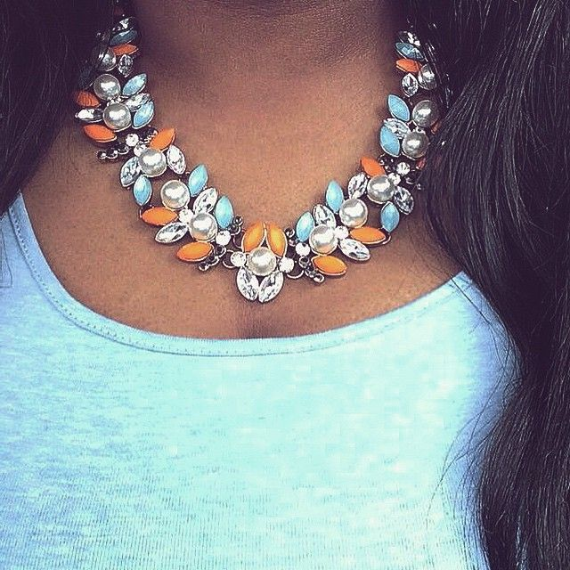 Top off any summer ensemble with the Astoria necklace ☀️