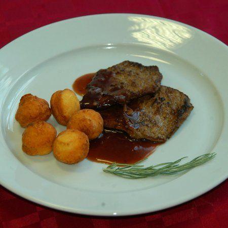 Egy finom Mustáros vaddisznósült ebédre vagy vacsorára? Mustáros vaddisznósült Receptek a Mindmegette.hu Recept gyűjteményében!