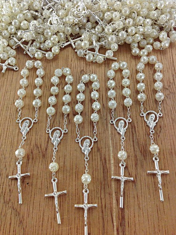 25 pcs Pearl First communion favors Recuerditos Bautizo 25pz/ Mini Pearl Rosary Baptism Favors 25 pcs on Etsy, $15.99