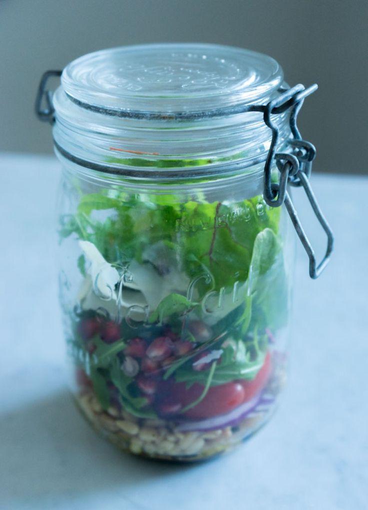 salat på glass - salad in a jar
